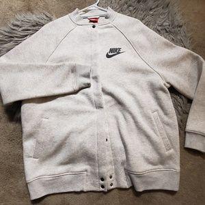 NIKE Letterman Sweatshirt